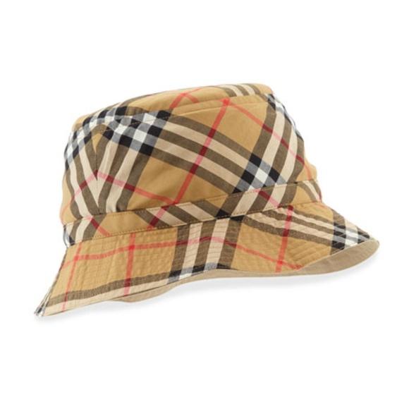 5ab9fa9e8b3 Burberry Accessories - Burberry Vintage Check Boat Hat